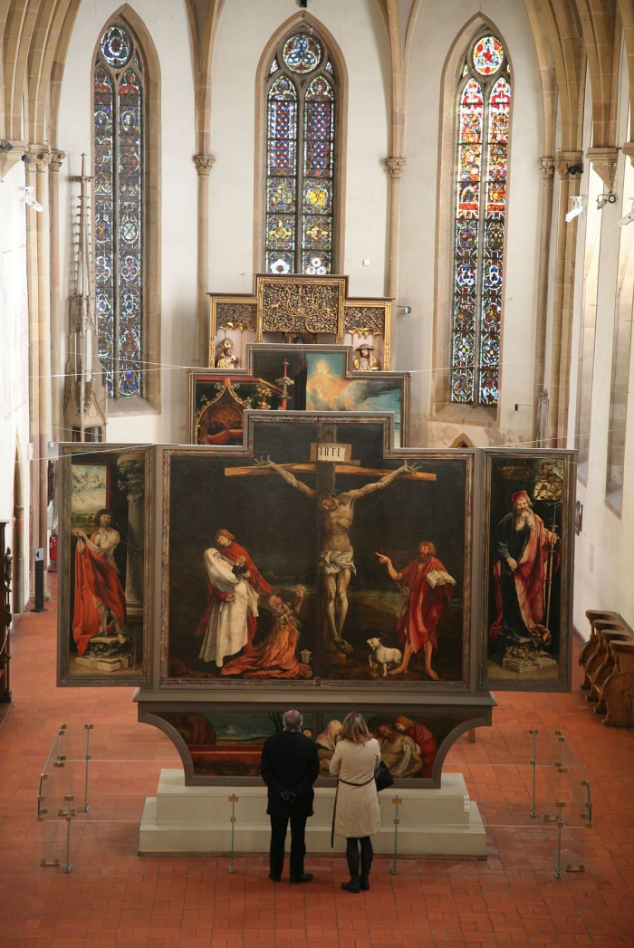 1200px-chapel_of_unterlinden_museum_with_isenheim_altarpiece.jpg